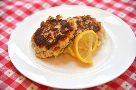 {Low Calorie, Low Fat Crab Cakes}
